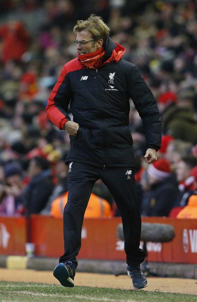 Trenér Liverpoolu Klopp během utkání s United.
