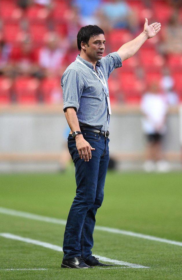 Trenér Slovanu Liberec Samuel Slovák.