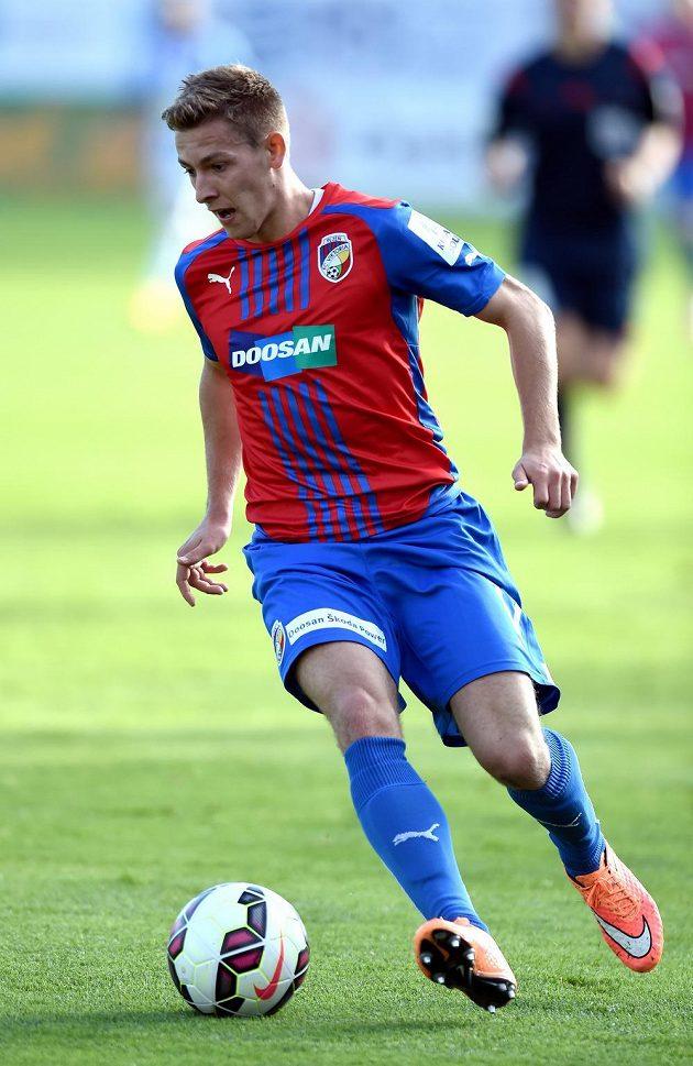 Plzeňský záložník Patrik Hrošovský během utkání 11. kola Synot ligy v Mladé Boleslavi.