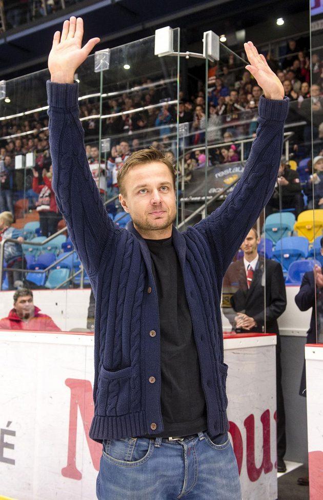 Útočník Hradce Michal Tvrdík ukončil hokejovou kariéru a rozloučil se s fanoušky i spoluhráči.