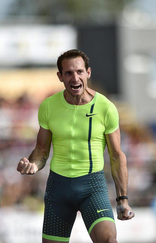 Renaud Lavillenie během 53. ročníku atletického mítinku Zlatá tretra v Ostravě.