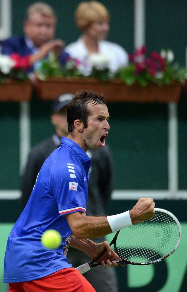 Radost Radka Štěpánka po jedné z výměn v utkání Davisova poháru proti Juanu Mónakovi.