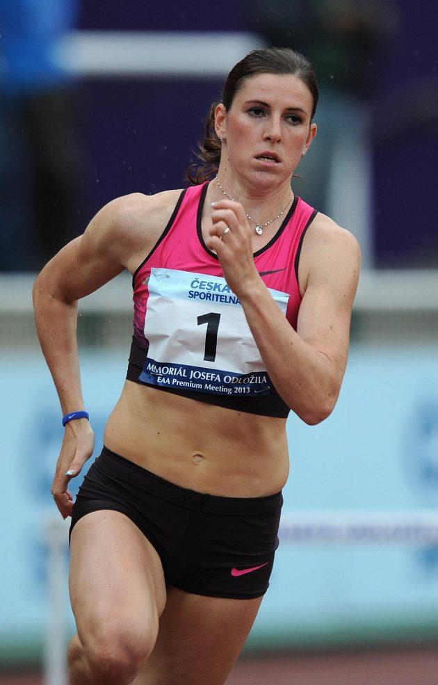 Atletka Zuzana Hejnová během závodu 400 m překážek v rámci Memoriálu Josefa Odložila.