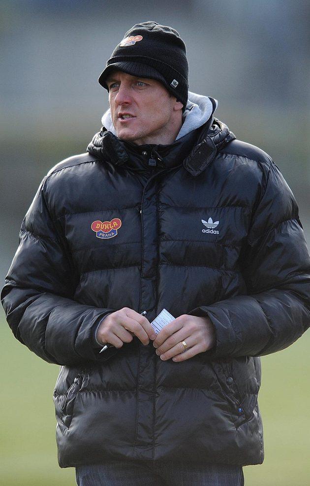 Trenér Dukly Praha Luboš Kozel během utkání zimní Tipsport ligy se Slavií.