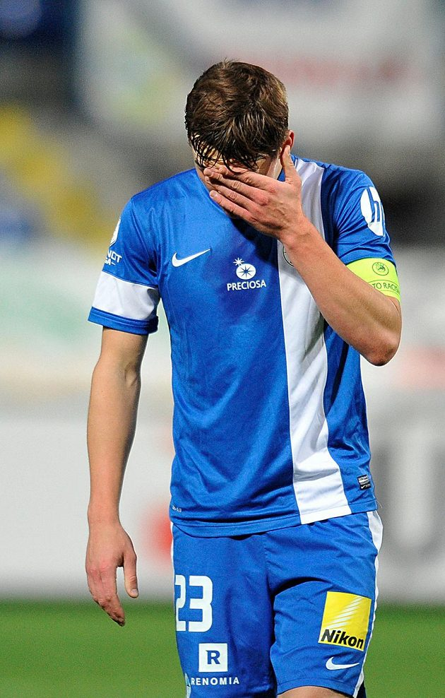 Smutný liberecký útočník Josef Šural po prvním poločasu.