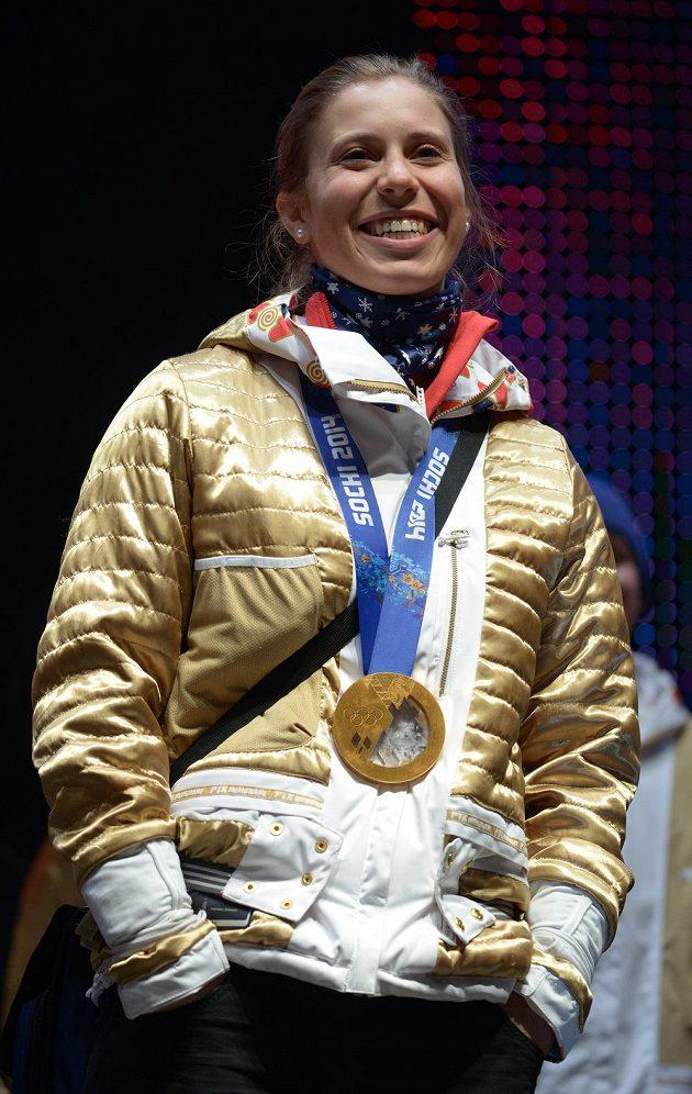 Snowboardistka Eva Samková v Olympijském parku na Letné.