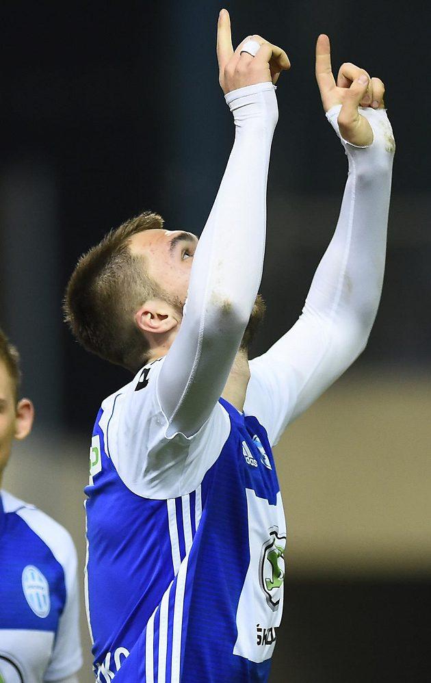 Nikolaj Komličenko z Mladé Boleslavi se raduje z gólu.