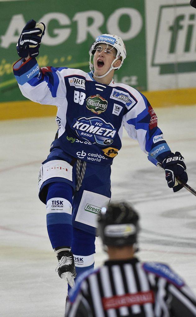 Martin Nečas z Brna se raduje z gólu.
