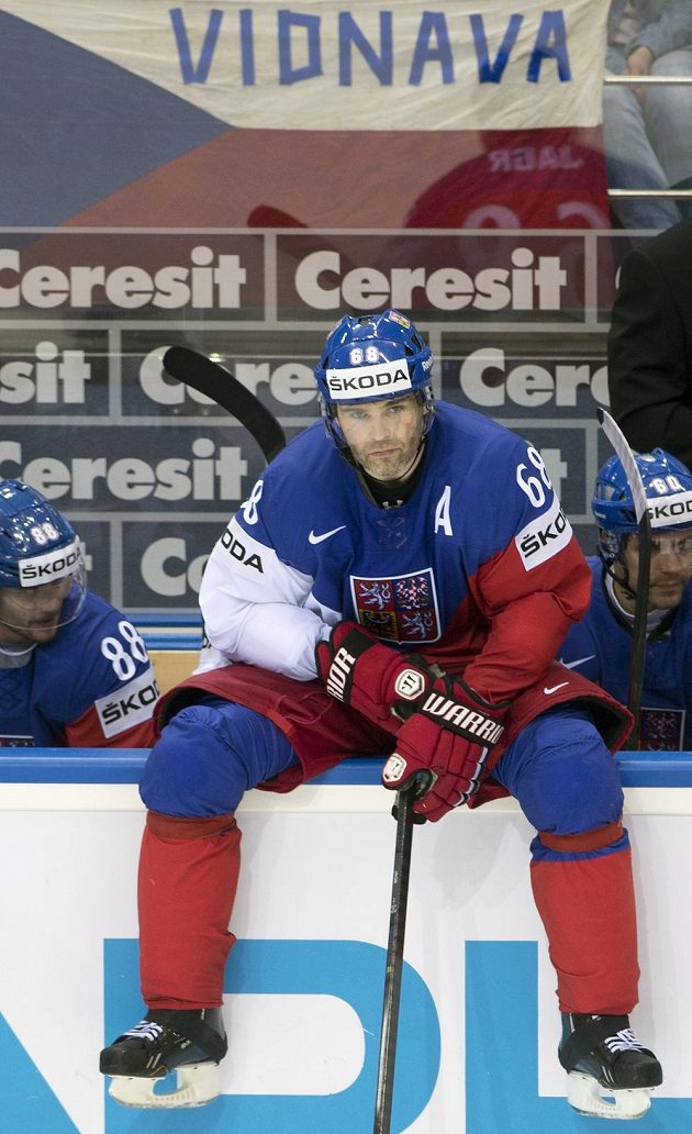Jaromír Jágr v utkání se Švédskem.