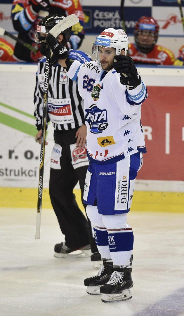 Petr Štindl z Brna se raduje z gólu, který vstřelil Hradci Králové.