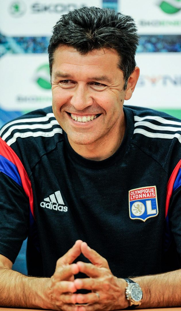 Trenér francouzského celku Olympique Lyon Hubert Fournier na středeční tiskové konferenci před úvodním utkáním 3. předkola Evropské ligy s Mladou Boleslaví.