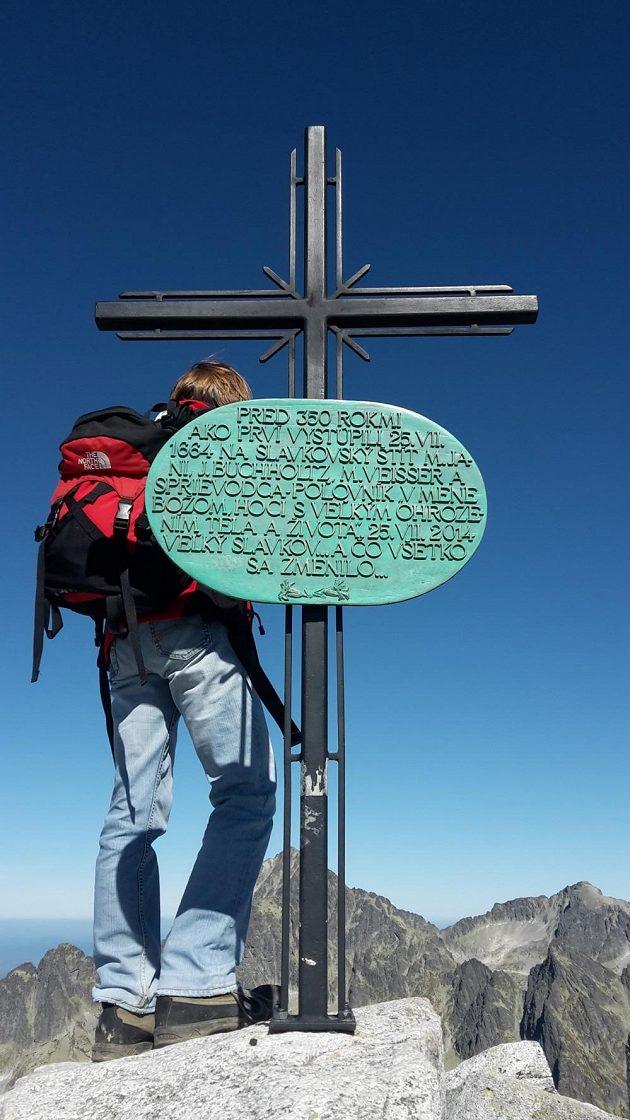 Na tento vrchol vystupují milovníci hor přes 350 let.
