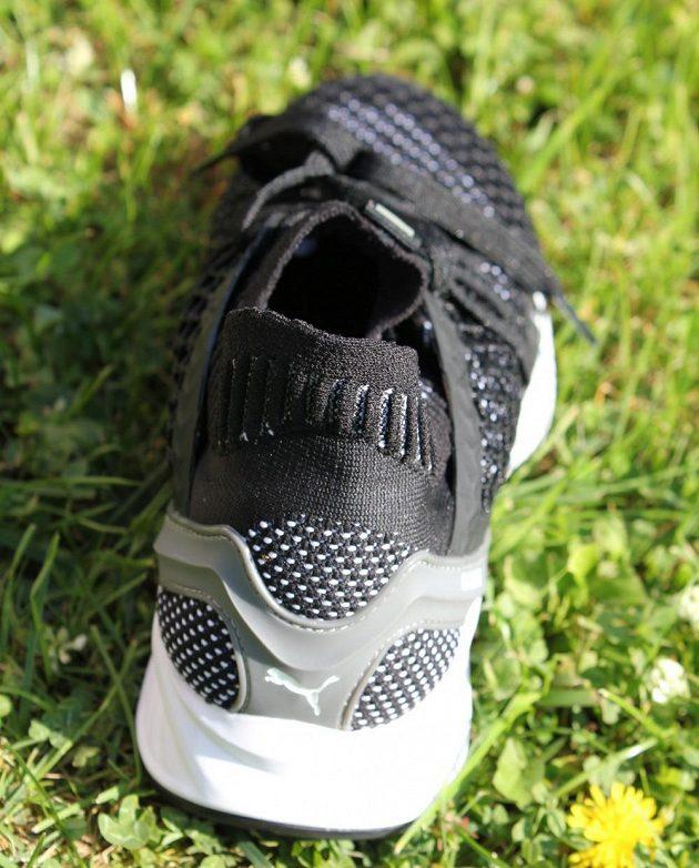 Běžecké boty Puma Ignite Netfit: pohled zezadu.