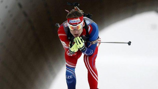Český biatlonista Ondřej Moravec na trati v Novém Městě na Moravě