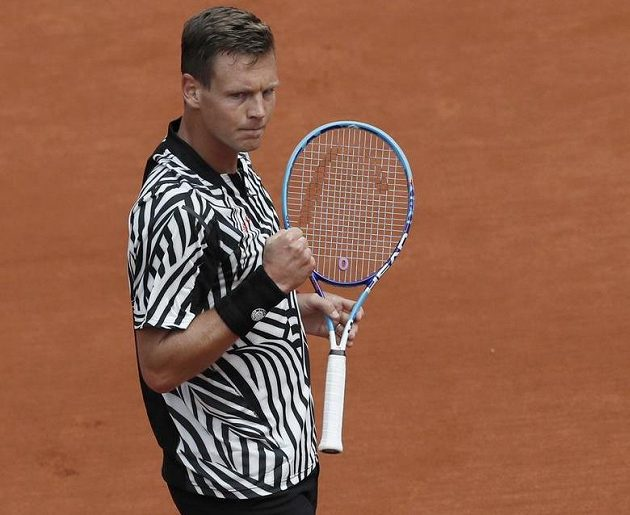 Tomáš Berdych si za dvě a čtvrt hodiny vybojoval postup do 3. kola Roland Garros.
