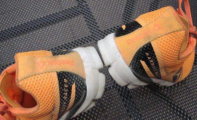 Běžecké boty Reebok One Series Harmony Racer: Měkká, jen nepříliš vyztužená pata nenese žádné odrazky.