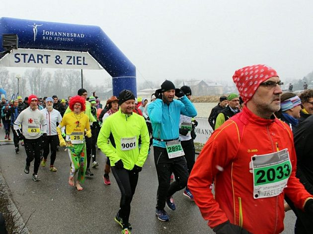 Čtvrtstoletí fúze termálních lázní a maratónů  Johannesbad Thermen ... d745d48b50