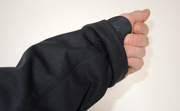 Běžecká bunda Mizuno Alpha Softshell Jacket - vnitřní manžeta.