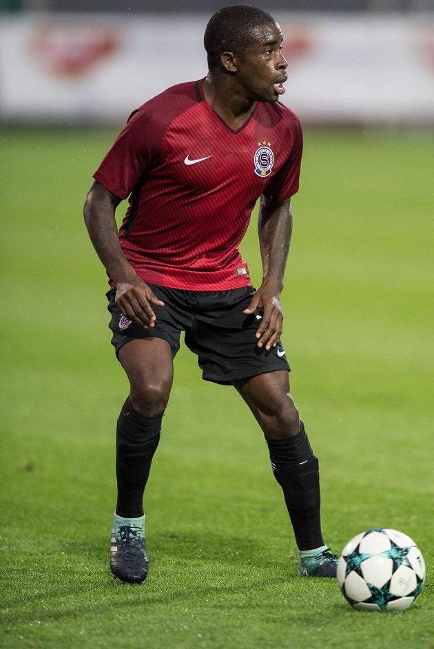 Rio Mavuba se objevil v sestavě Sparty Praha v utkání 3.kola MOL Cupu ve Znojmě.
