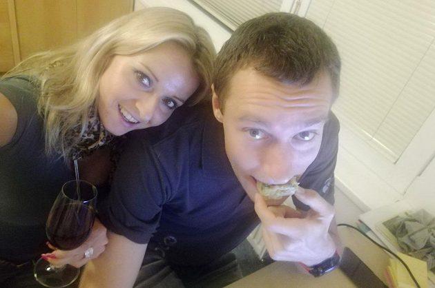 Že by právě v tomto koláči vězely úspěchy českého páru?