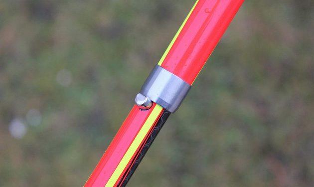 Skládací běžecké hole Leki Micro Trail Pro – detail zacvakávací pojistky.