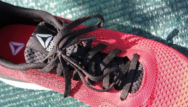 Běžecké boty Reebok Print Run Prime Ultraknit - pohled na řešení tkanic.