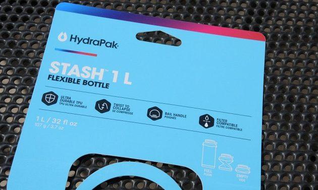 Sbalitelná láhev HydraPak Stash 1l - odolný termoplastický uretan, sbalitelná na čtvrtinu objemu, velké ucho na přenášení a jde k ní dokoupit i filtr.