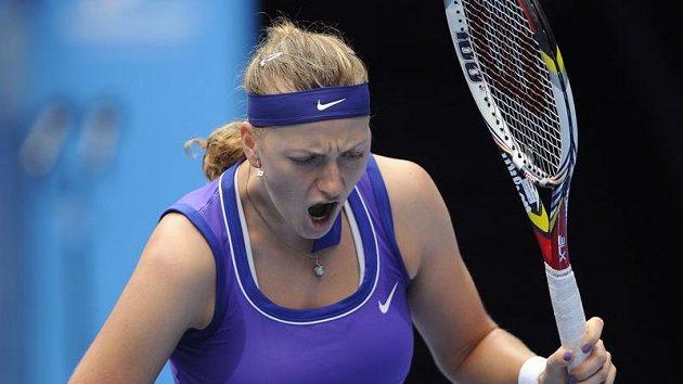 Emotivní reakce Petry Kvitové při čtvrtfinálovém duelu s Italkou Erraniovou.