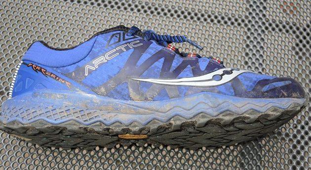 Běžecké boty Saucony Peregrine 7 Arctic - pohled z vnější strany.
