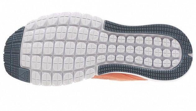 Boty Reebok Print Smooth Ultraknit: Hluboce segmentovaná podrážka je tajemstvím běžeckého pohodlí.