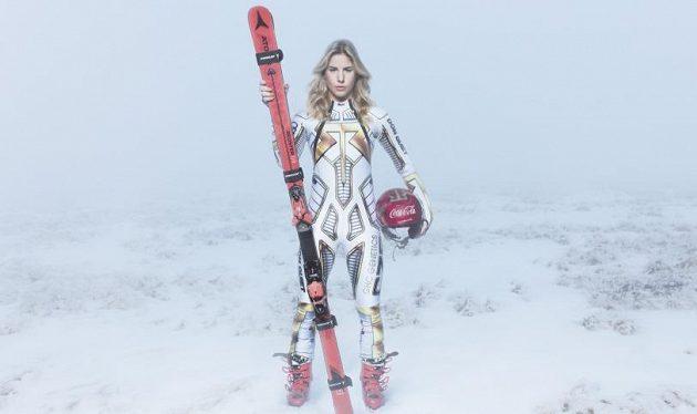 Snowboardistka a lyžařka Ester Ledecká v Krkonošském národním parku.