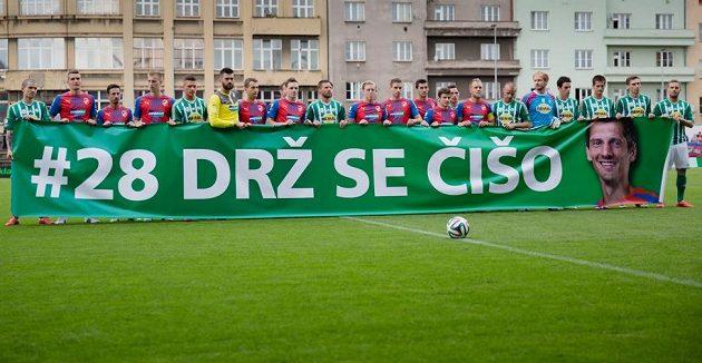 Klokani se také připojili k podpoře Mariána Čišovského, nemocného hráče plzeňské Viktorie.