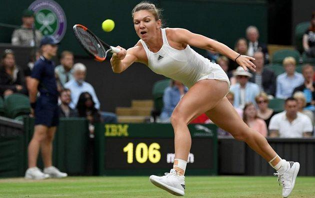 Romunská tenistka Simona Halepová ve čtvrtfinále Wimbledonu.
