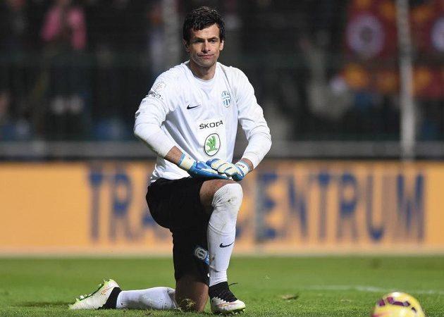 Mladoboleslavský brankář Aleš Hruška po obdrženém gólu během utkání se Spartou.