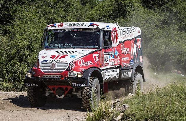 Aleš Loprais s vozem Tatra na trati první etapy Rallye Dakar.