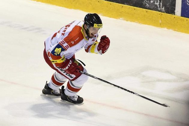 Olomoucký Radim Kucharczyk se raduje z gólu proti Slavii.