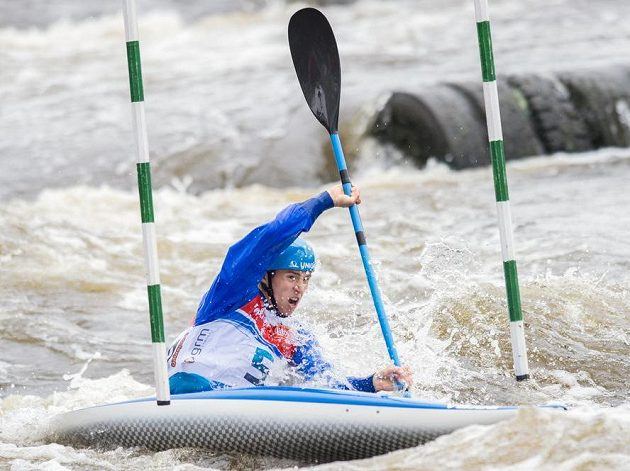 Kajakář Jiří Prskavec během Českého poháru ve vodním slalomu ve Veltrusech.