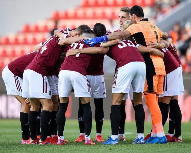 Fotbalisté Sparty Praha před utkáním s Monakem.