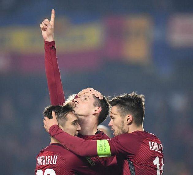 Sparťan Ondřej Zahustel slaví gól proti Brnu.