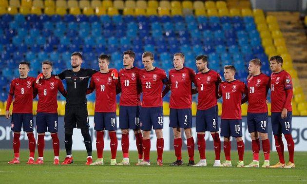 Český tým před utkáním s Běloruskem v Kazani.