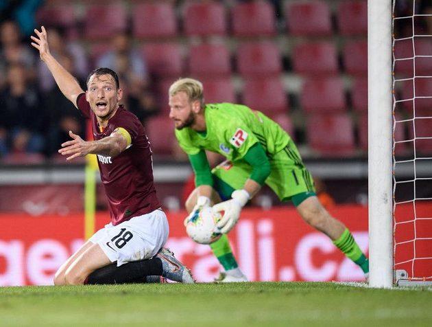 Libor Kozák ze Sparty Praha během utkání s Olomoucí.