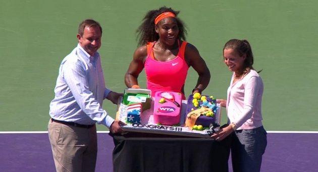 Serena Williamsová obdržela tento originální dort k 700. výhře v kariéře.