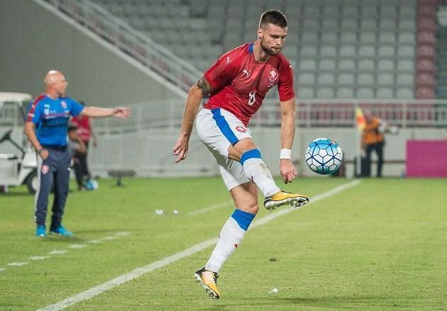 Ondřej Čelůstka během utkání s Islandem v Kataru.