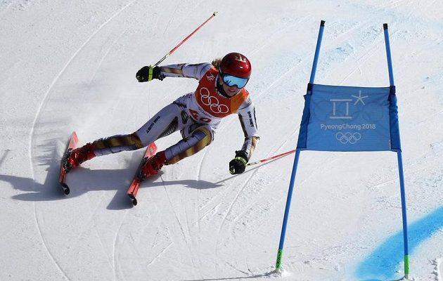 Česká reprezentantka Ester Ledecká se ve druhém kole obřího slalomu polepšila a může být s premiérovým olympijským vystoupením spokojená.