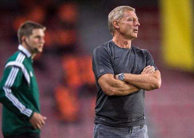 Trenér Sparty Zdeněk Ščasný během přátelského utkání s Fenerbahce.