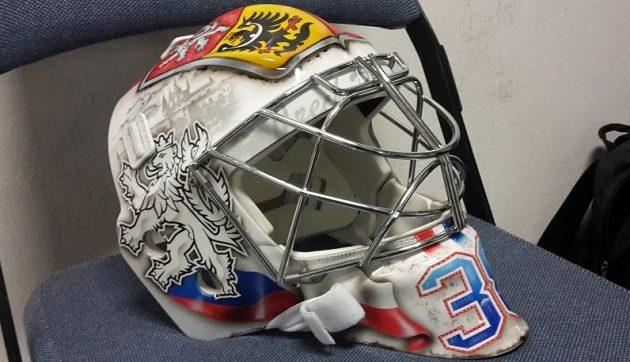 Maska Dominika Furcha pro MS 2016 v hokeji.