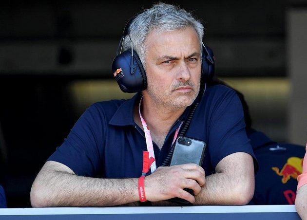 José Mourinho: A odteď koučuji formuli...!
