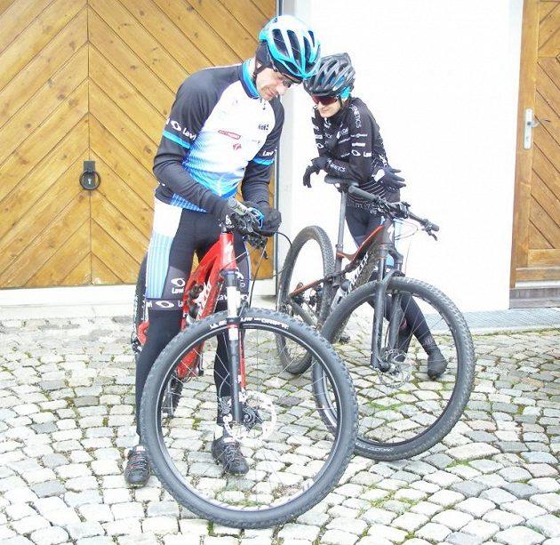 Sebastian Druszkiewicz s Martinou Sáblíkovou při tréninkovém kempu v Inzellu.