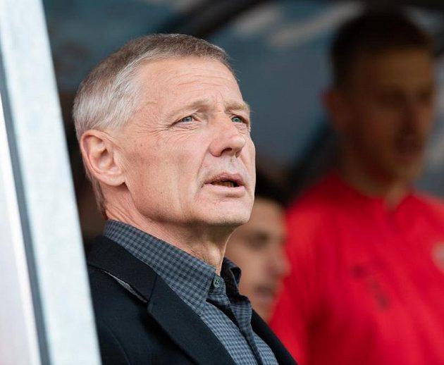 Trenér Zdeněk Ščasný během utkání Sparty se Zlínem.