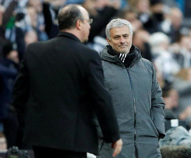 José Mourinho se musel sklonit před Rafou Benítezem...
